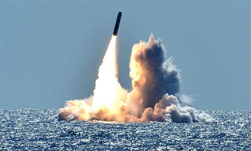 موشک بالستیک ترایدنت 2 ساخت آمریکا